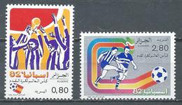 Algérie YT N°753/754 Coupe Du Monde De Football Espana 82 Neuf ** - Algeria (1962-...)