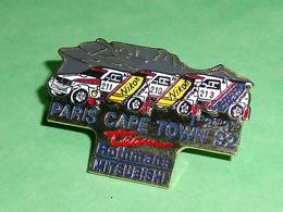 Pin's / Automobile  : Mitsubishi ((double Moule , Relief ) Paris Cape Town 92   TB2W - Mitsubishi