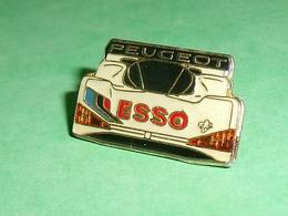 Pin's / Automobile  : Peugeot , Esso   TB2W - Ferrari