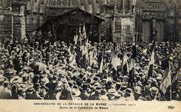 77 MEAUX - Anniversaire De La Bataille De La Marne - 19 Septembre 1917 - Sortie De La Cathédrale - Très Animée - ELD - Meaux