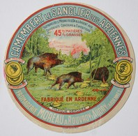 "CAMEMBERT ""Le SANGLIER Des ARDENNES"" - Fromagerie Moreau à Rouvroy S. Audry (Ardenne)- Etiquette Ancienne /E247 - Cheese"