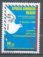 Madagascar YT N°784 Journée Mondiale De La Poste Neuf ** - Madagascar (1960-...)