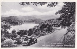 Post Card : Smoky Moutains (USA) Lake Santeetlah  Near  National Park Ed Manhattan    , Non  Voyagée    Ford Car ?? - Smokey Mountains