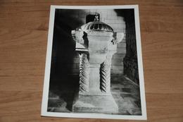 775- Wezeren, Sint Amanduskerk, Doopvont.......... - België