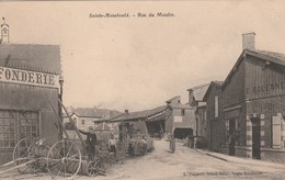 CPA 51 SAINTE MENEHOULD RUE DU MOULIN ANIMATION - Sainte-Menehould