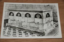 784- Wezeren, Sint Amanduskerk, Hoofdaltaar.......... - België