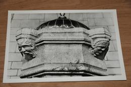 786- Wezeren, Sint Amanduskerk, Doopvont........ - België