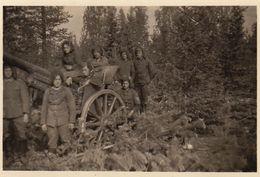 Photo Guerre Groupe Militaire Allemand 1941 Canon - Guerre, Militaire
