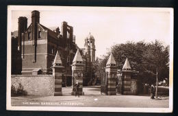 PORTSMOUTH  -ENGLAND - The Naval Barracks  -  Recto Verso- Paypal Free - Portsmouth