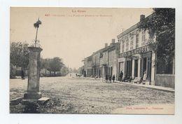 32 - SEISSAN - La Place Et Avenue De Masseube - Café Lacoste - - Other Municipalities