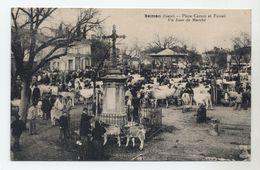 32 - SEISSAN - Place Carnot Et Foirail Un Jour De Marché - Beau Plan Animé - - Other Municipalities