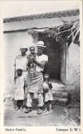 CARIBBEAN Caraïbes Caribe - SURINAME Surinam :  CURACAO D.W.I. : Native Family - CPA - Surinam
