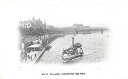 Angleterre England - London - River Thames - Westminster Pier - River Thames