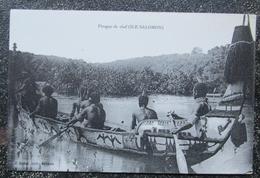 Salomon Ile  Pirogue De Chef  Cpa Oceanie - Solomon Islands