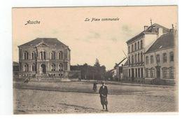 Assche. - La Place Communale - Asse
