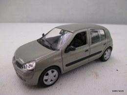 Voiture Miniature 1/43 Em  NOREV -  Renault  Clio  - Peinture  Grise  D'origine   Etat Proche Du Neuf - Giocattoli Antichi