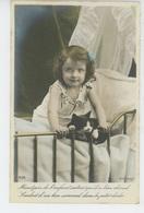 ENFANTS - LITTLE GIRL - MAEDCHEN - CAT - Jolie Carte Fantaisie Portrait Fillette Et Chat Dans Berceau - Portraits