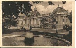 Paris  Palais Des Beaux Arts - Francia