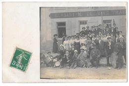 """FONTENAY SAINT-PERE - Photo De Groupe Et De La Fanfare """"Souvenir De La Fête"""" (manuscrit) Devant La Maison HERSANT - Altri Comuni"""