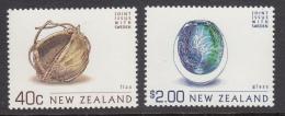 New Zealand 2002 MNH Scott #1780, #1786 $2 Vase, 40c Basket Art Joint With Sweden - Emissions Communes