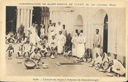 Missions: Congrégation De Saint Joseph De Cluny: Inde, L'Heure Du Repas à L'Hôpital De Chandernagor - Missions