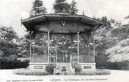 Cpa (85)--lucon  Le Kiosque Du Jardin Dumaine. - Lucon