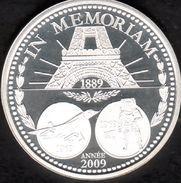 La Piece De L'annee 2009, IN MEMORIAM, Tour Eiffel, Avion Concorde, 1er Homme Sur La Lune , Argent 900/00 - Coins & Banknotes