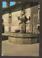 - Pas Courant - 142 - AUSSOIS (73) La Vieille Fontaine Et Le Cadran Solaire ( Editions Jansol )  En 1972 - Altri Comuni