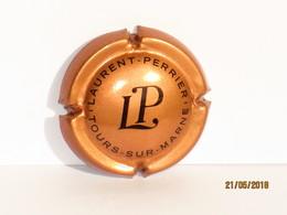 Capsules Ou Plaques De Muselet CHAMPAGNE LAURENT  PERRIER   Cuivré Saumon - Laurent-Perrier