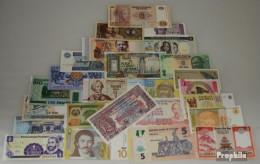 Alle Welt 25 Verschiedene Banknoten  Aus 25 Verschiedenen Ländern - Bankbiljetten