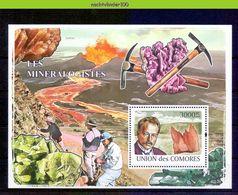 Nep002 MINERALEN VULKAAN GEMSTONES MINERALOGIST Max Von Laue FULCAN MINERALIEN UND GESTEINE MINÉRAUX COMORES 2009 PF/MNH - Mineralen