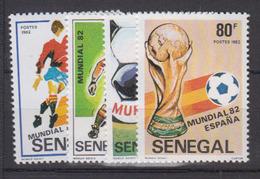 Sénégal     1982       N.       575 / 578                   COTE    3 , 40        EUROS      ( S 822 ) - Senegal (1960-...)