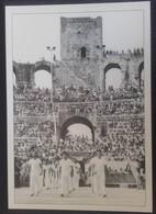 CAMARGUE - 11E - Arles - La Capelado Dans L'amphitéatre Romain - Cp N° 5 - Arles