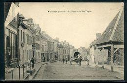 80 Somme - Carte Postale De Airaines , Le Haut De La Rue Tripier - Ref CJ 513 - Otros Municipios