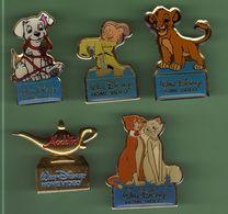 DISNEY *** Lot De 5 Pin's Differents *** 0067 - Disney