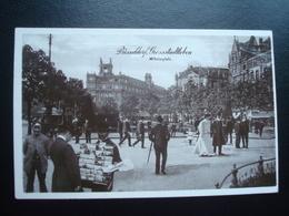 DUSSELDORF :Grossstadtleben : Le Marchand De Crates Postales  En 1910 - Händler