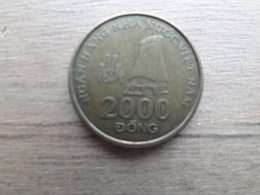 Viet-nam  2000 Dong  2003  Km 75 - Viêt-Nam