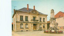 Lacroix - La Mairie Et Le Monument         V62 - Francia