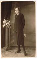 Portretfoto Van Dame, Portait Of A Lady, Carte Photo, Fotokaart, Photocard, L Wallecan Menin, Menen (pk41745) - Autres