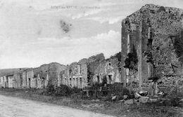 Cpa SIVRY Sur Meuse, La Grand'rue En Ruines Et Déserte (47.11) - Guerre 1914-18