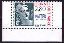 T.-P. Neuf** émis En Carnet - Journée Du Timbre Cinquantenaire De La Marianne De Gandon - N° 2934 (Yvert) - France 1995 - Nuevos