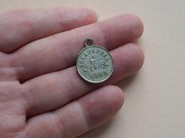 SCHAERBEEK - A - 1909 ( 1407 ) ( Hanger : Zilverkleur 3.5 Gr. / 20 Mm. Details, Zie Foto's ) - Belgium