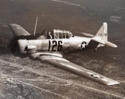 Avion De Chasse US Army Seversky P-35 En Vol Ancienne Photo 1940's ? - Aviation