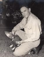 Texas Randolph Air Force Base? Militaire Et Son Appareil Photo Ancienne Photo 1950's - War, Military