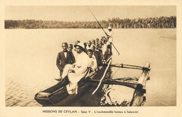 Missions De Ceylan - Série V: L'insubmersible Bateau à Balancier (pirogue) - Carte Non Circulée - Missions