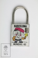 Vintage FIFA World Cup Spain 1982, Naranjito Mascot, Metal Keyring/ Keychain - Llaveros