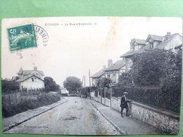 95 ,ecouen ,la Rue D'ezanville . Circulée Timbrée .. - Ecouen
