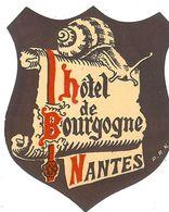 NANTES HOTEL DE BOURGOGNE AVEC L ESCARGOT BIEN SUR - Hotel Labels