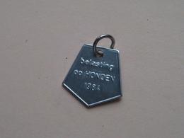 Belasting Op HONDEN : ANTWERPEN 1984 - 094973 ( TOKEN For Dog / Chien TAX / For Detail, Zie/see Photo ) ! - Belgique