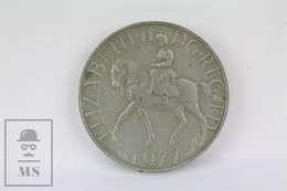 Vintage British 1977 Elizabeth II Silver Jubilee Crown Coin DG. REG. FD - Monarchia/ Nobiltà